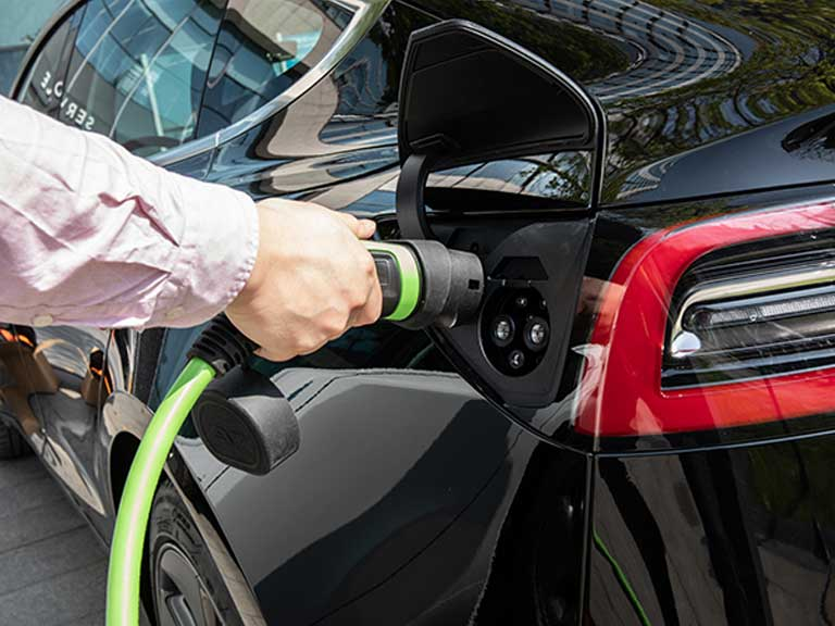 How To Maintain And Charge An Electric Car Properly